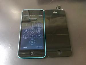 iPhone5C 液晶破損