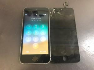 iPhone5S 画面ひび割れ