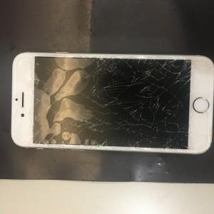 iPhone6s 割れ画面修理