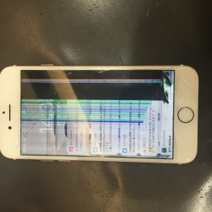 iPhone7 重度の画面破損