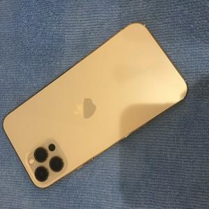 iPhone12pro 背面ガラスコーティング