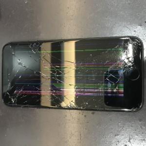 iPhone8画面破損